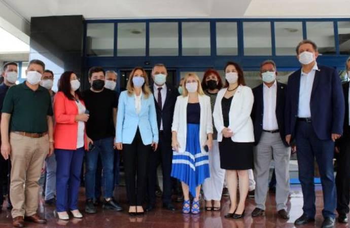 CHP'li Nazlıaka bilgi aldı, işte Başkan Böcek'in genel durumu