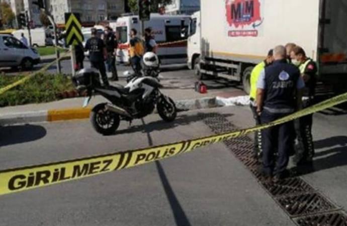 Trafikte cam silen çocuk işçi kamyonun altında kalarak hayatını kaybetti