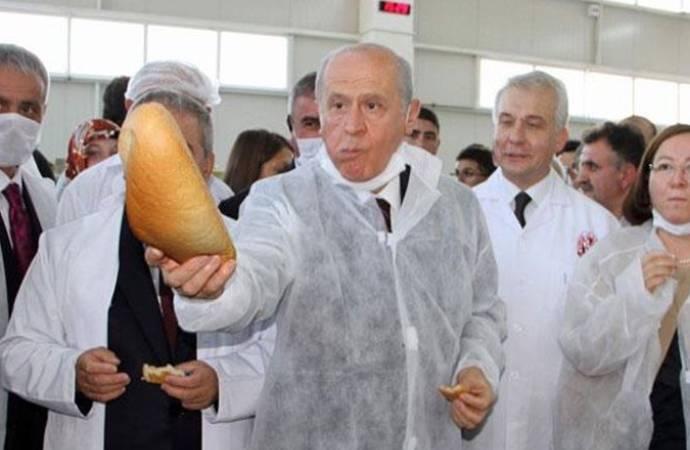 Bahçeli'nin askıda ekmek kampanyasına tepki: Bir karar versin; Türkiye uçuyor mu, ekmeğe muhtaç mı?