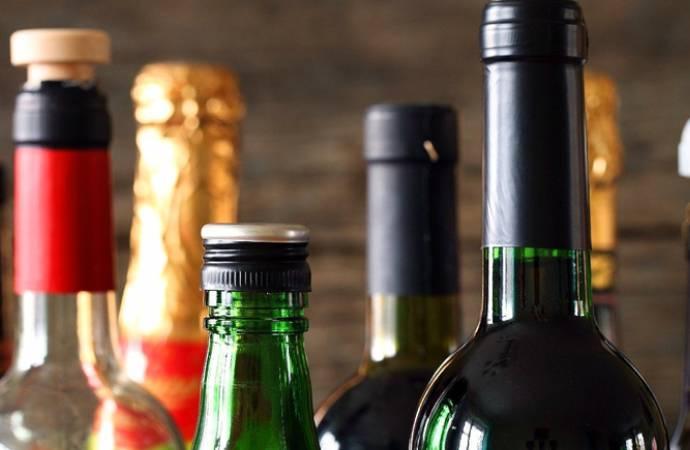 Alkollü içki düzenlemesi Meclis'ten geçti: 320 bin liraya kadar cezası var