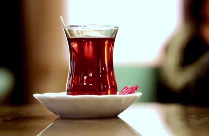 Saadet Partisi'nden 'çay' göndermesi: Ekonomi keyif vermiyor!