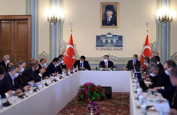 Bakan Koca: İstanbul'un 28 ilçesinde vaka artışı yüzde 50'nin üzerinde