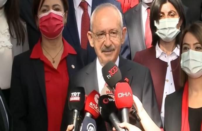Kılıçdaroğlu, 1'inci Meclis'in önünde konuştu; erken seçim çağrısını yineledi