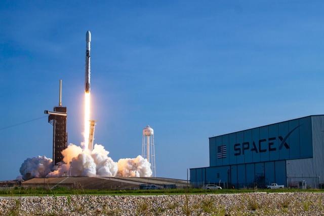 SpaceX ABD Savunma Bakanlığı ile anlaştı
