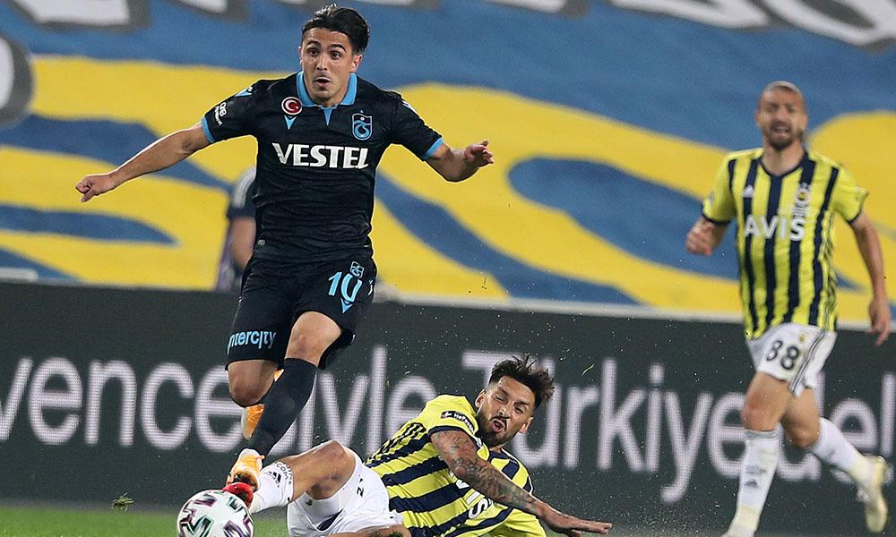 Fenerbahçe, derbide geriden gelip kazandı!
