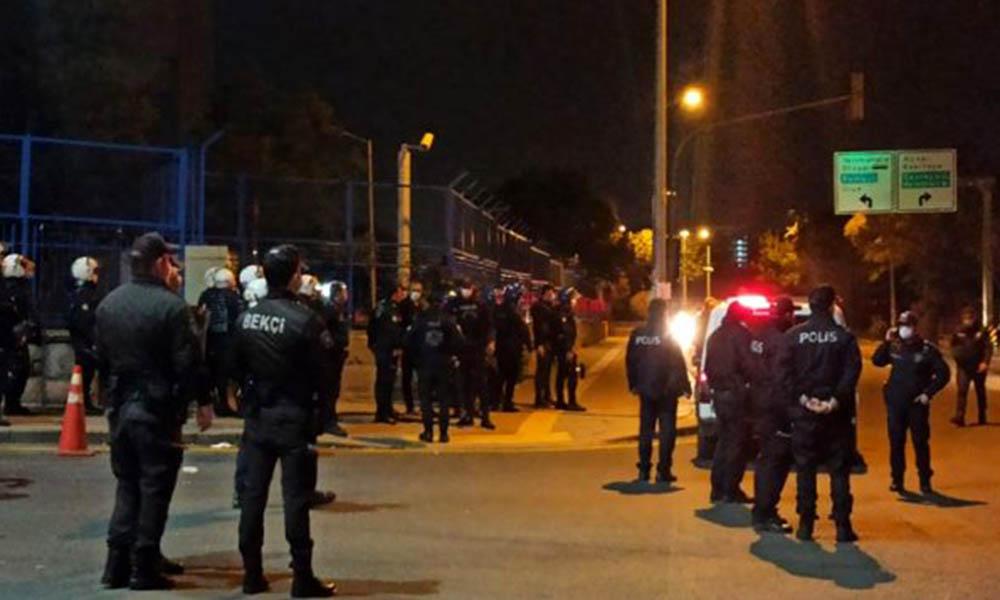 Ankara'da sağlık çalışanları ve polise taşlı saldırı