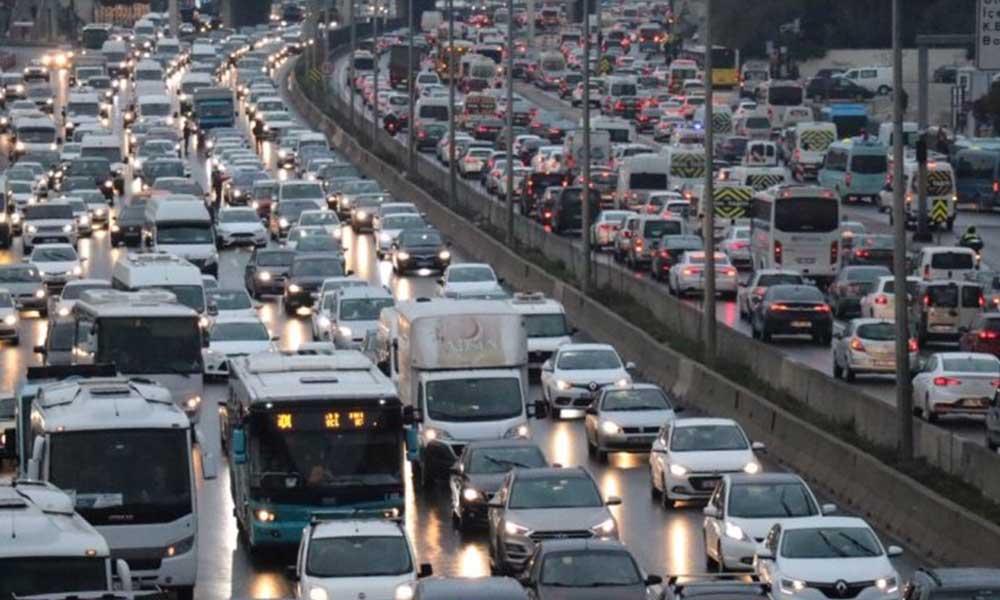 İstanbul trafiğinde 'tatil' yoğunluğu