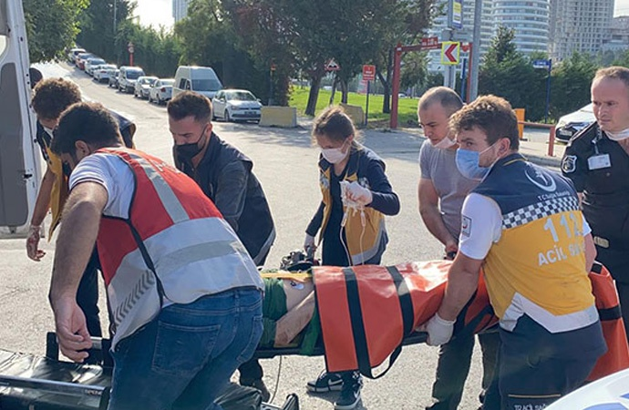Metro raylarına atlayan vatandaş ağır yaralandı