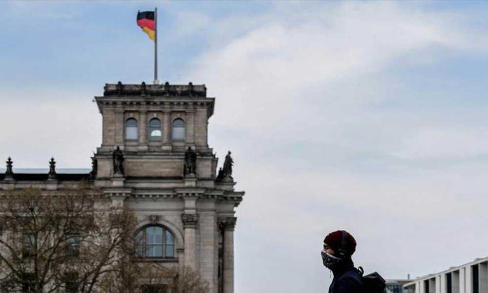 Almanya'da toplam can kaybı 10 bini aştı! Merkel, genel karantina istedi