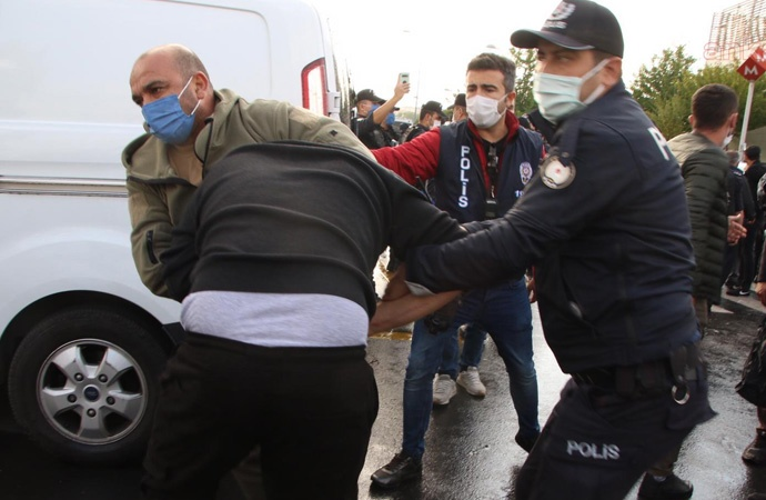 10 Ekim anmasına polis müdahalesi: Çok sayıda gözaltı
