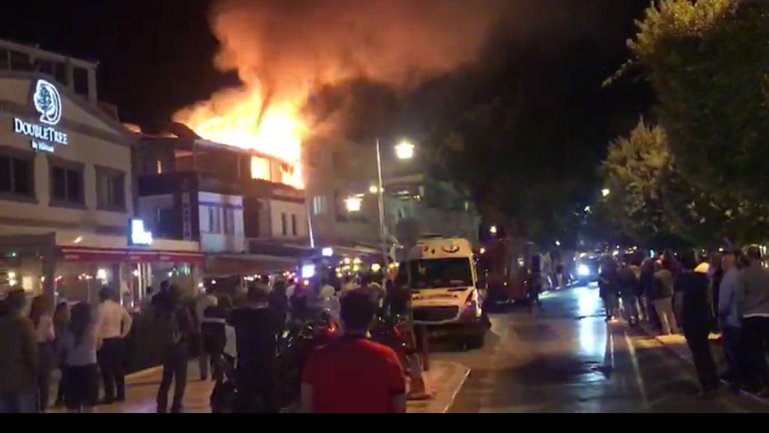 Bodrum'da bir depoda çıkan yangın korkuttu