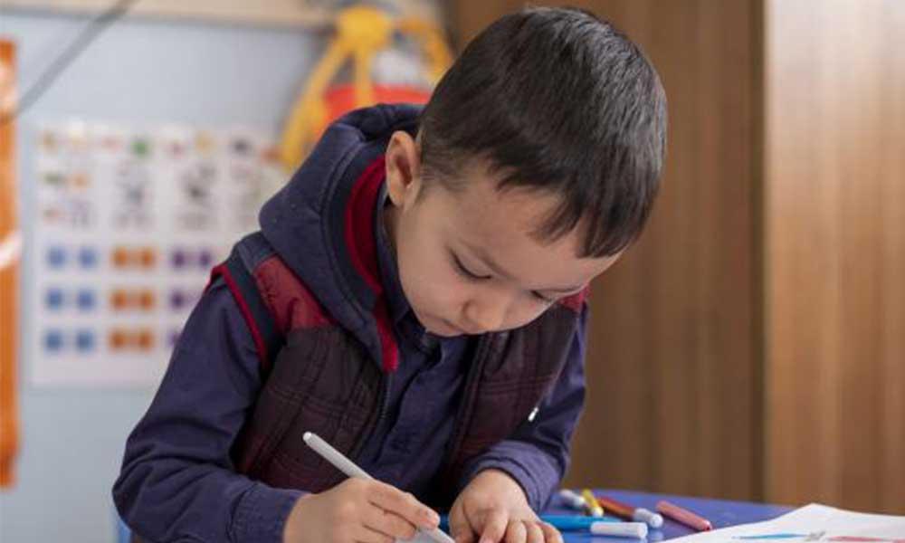 CHP'li belediye başkanı önerdi: Makam araçlarını satalım çocuklara tablet alalım