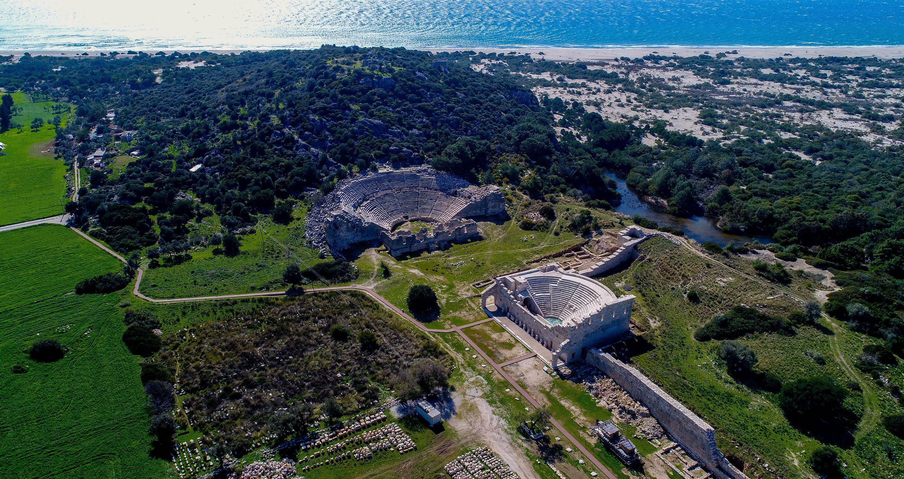 1500 yıldır kapalı tiyatro yeniden açılıyor