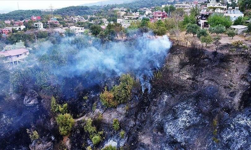 Hatay'daki yangın kontrol altına alındı: İki gözaltı