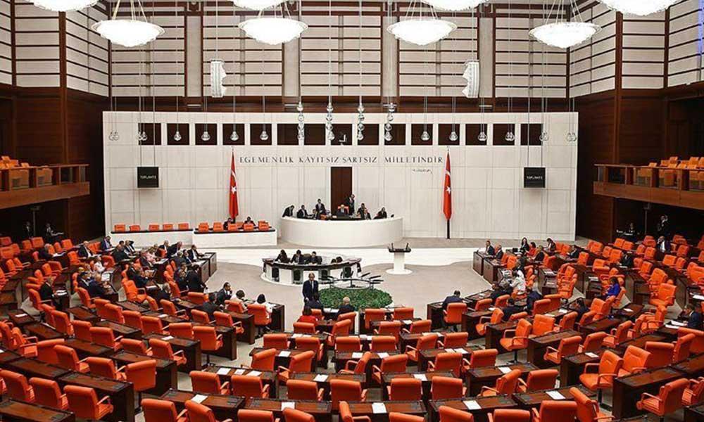 AKP ve MHP, Kobani eylemlerinin araştırılması için verilen önergeyi reddetti
