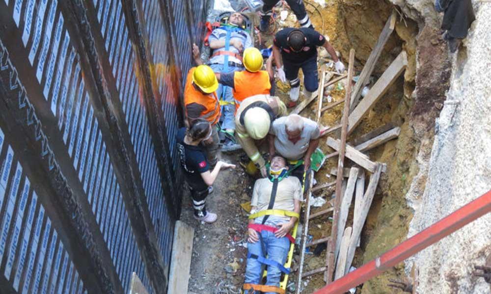 Kadıköy'de inşaat iskelesi çöktü, 3 işçi yaralandı
