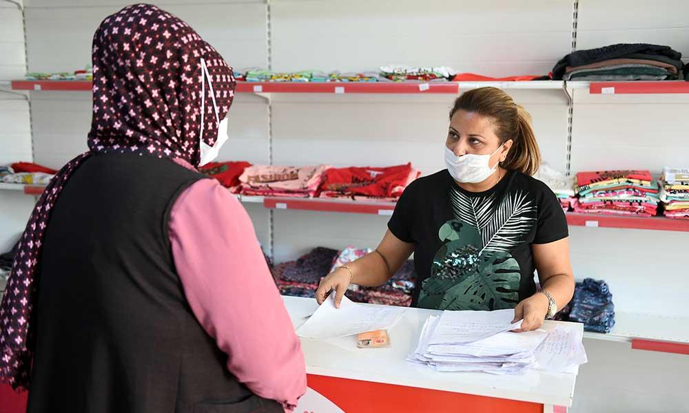 Büyükşehir'in 'Kıyafet Evi'nden 1500 aile yararlandı