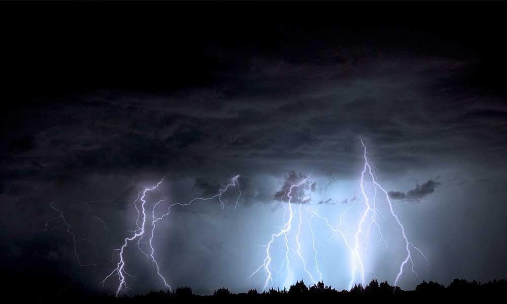 Böylesi görülmedi… Marmara'da yıldırım fırtınası