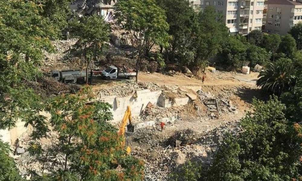 Mahalle sakinleri tepkili: Son yeşil alanlarını için imza kampanyası başlattılar