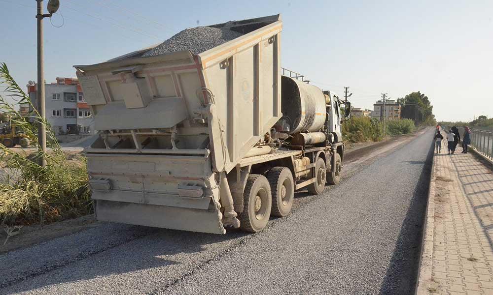 Büyükşehir kırsaldan merkeze asfalt atağına devam ediyor
