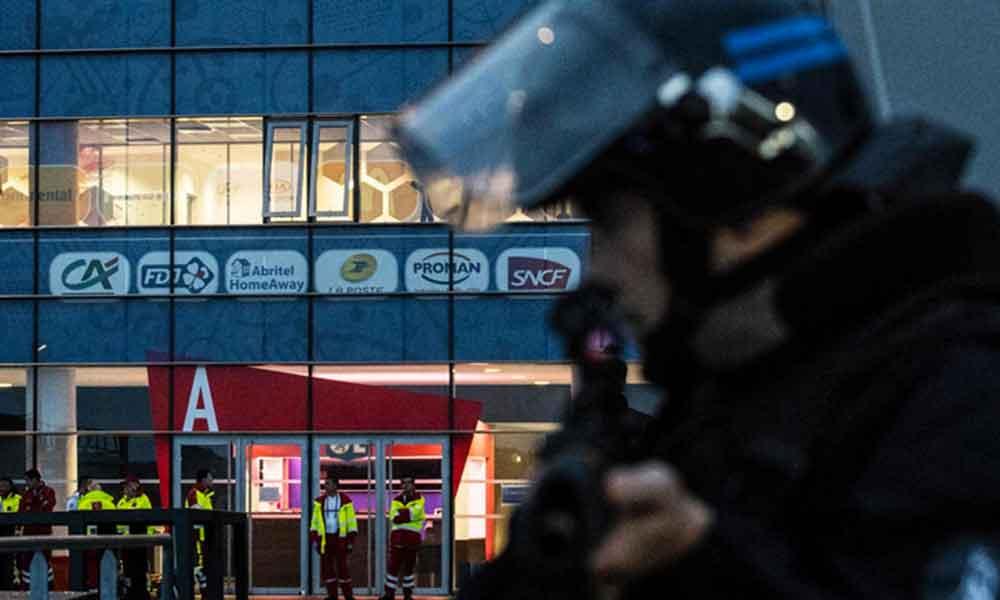 Fransa'da silahlı saldırı: Papaz vuruldu
