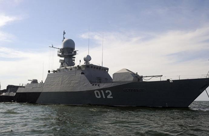 Rus donanması Hazar Denizi'nde tatbikata başladı