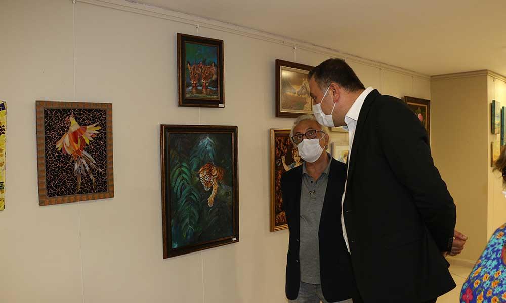 'Yansımalar 2 Karma Resim Sergisi' Kartal Belediyesi'nde açıldı