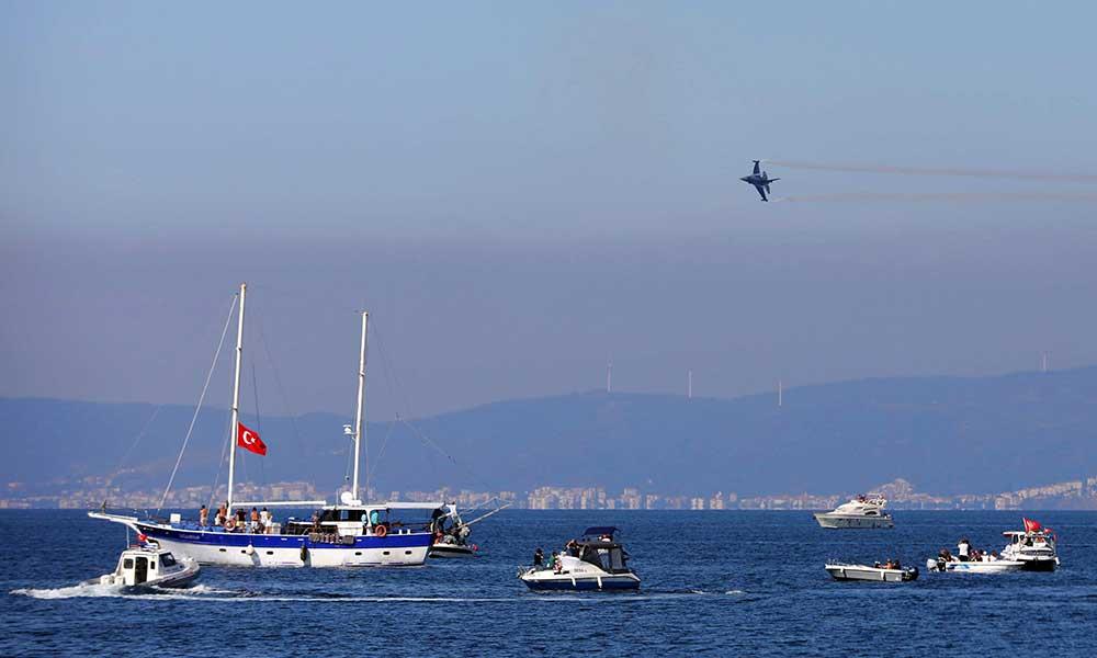 Solotürk Mütareke'nin 98. yılında Mudanya'da nefes kesti