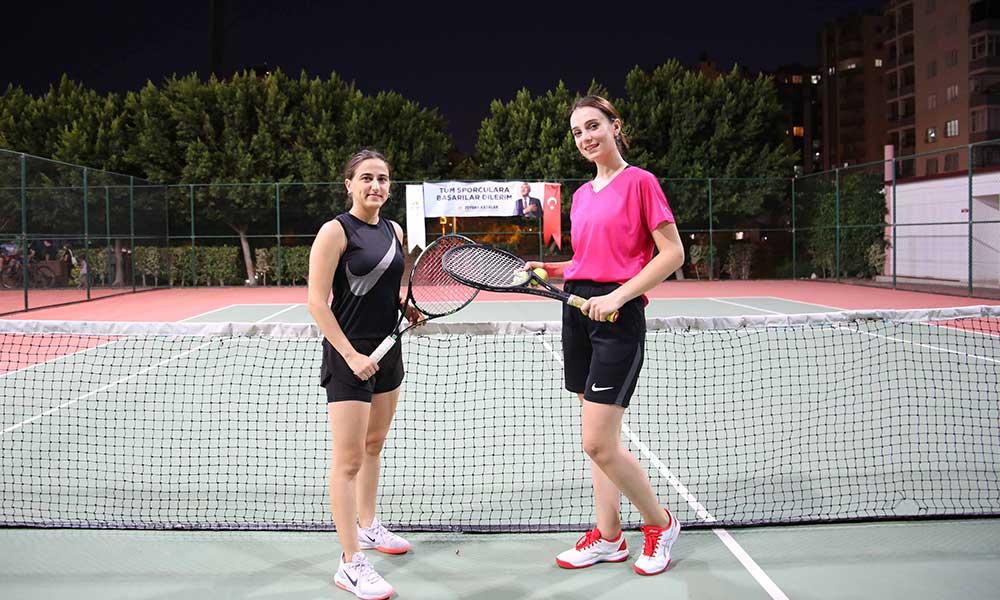 Büyükşehir'den Cumhuriyet temalı tenis turnuvası