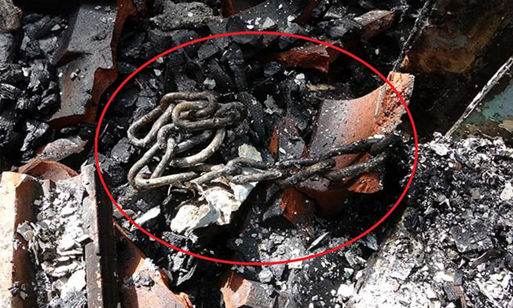 Yaramazlık yaptığı için oğlunu zincirle bağladı, aynı dakikalar evde yangın çıktı!