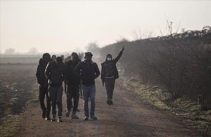 Yunanistan sınıra ses duvarı ördü