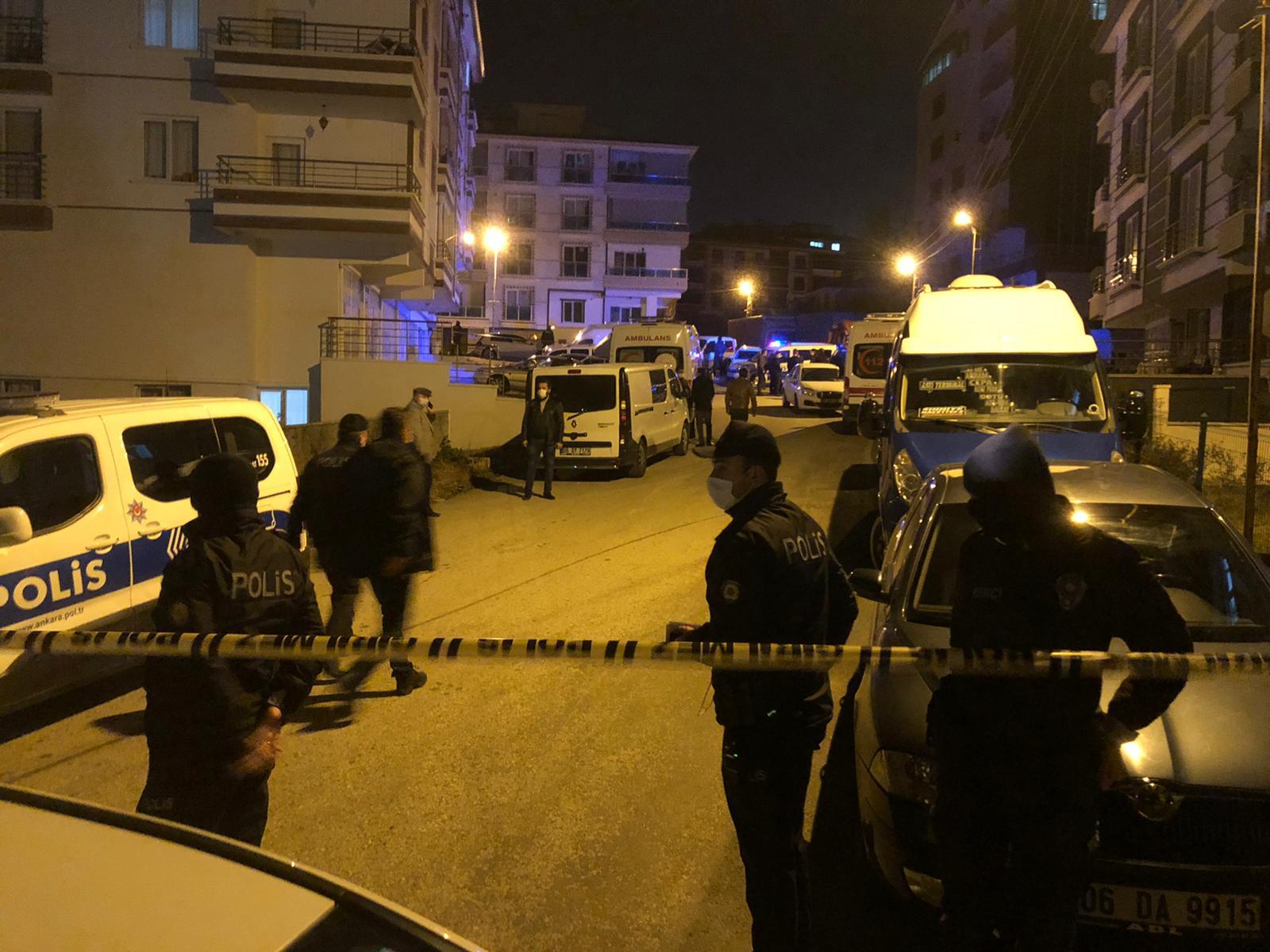 Eşini ve iki çocuğunu öldüren adam gözaltına alındı