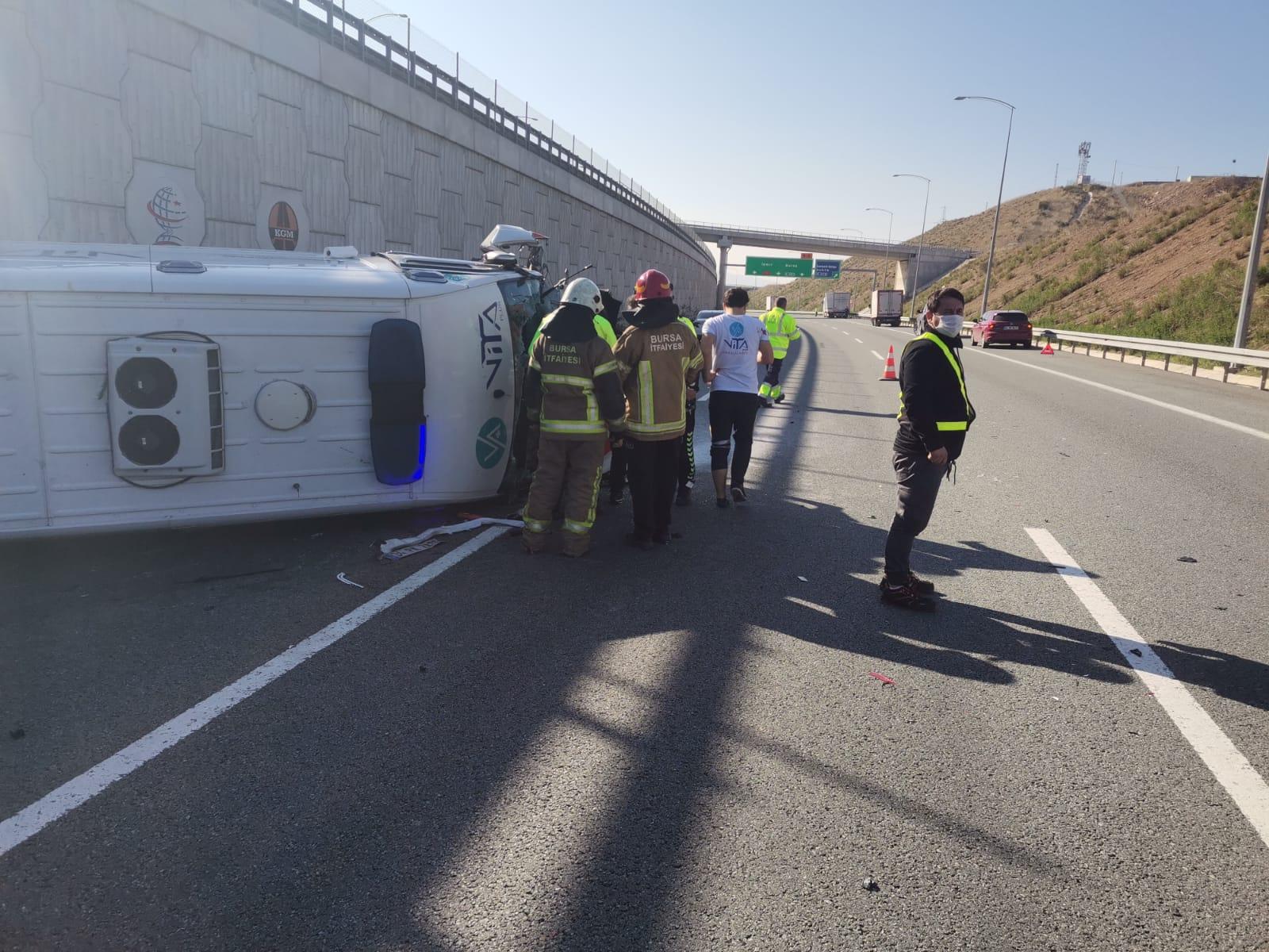 Ambulans 6 metreden düştü! Hasta ağır yaralandı