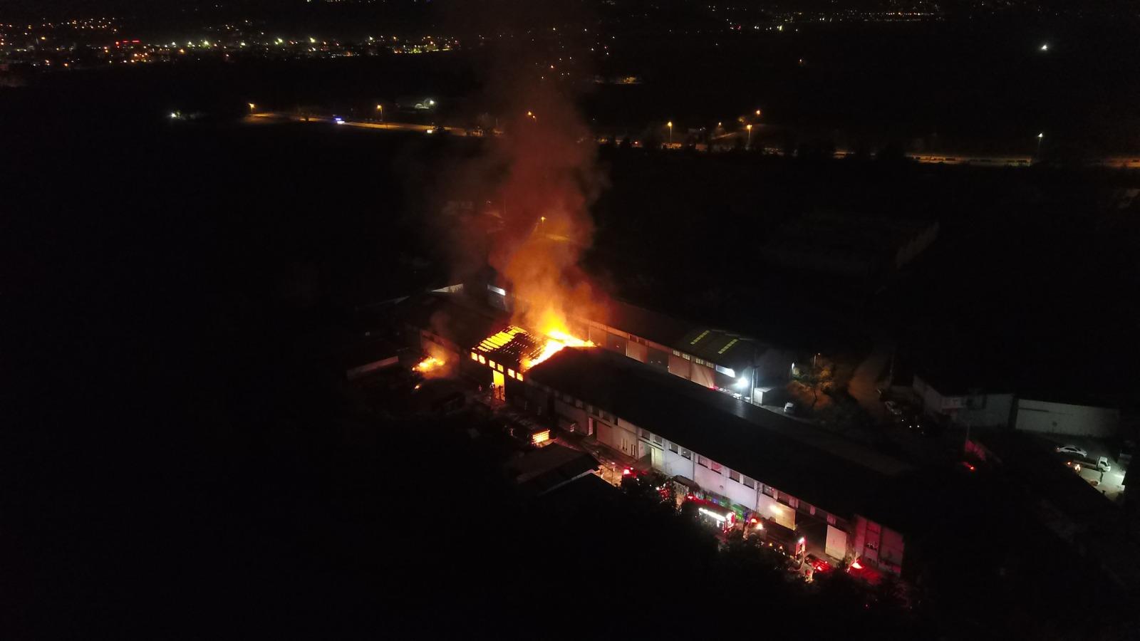 Ambalaj fabrikasında yangın
