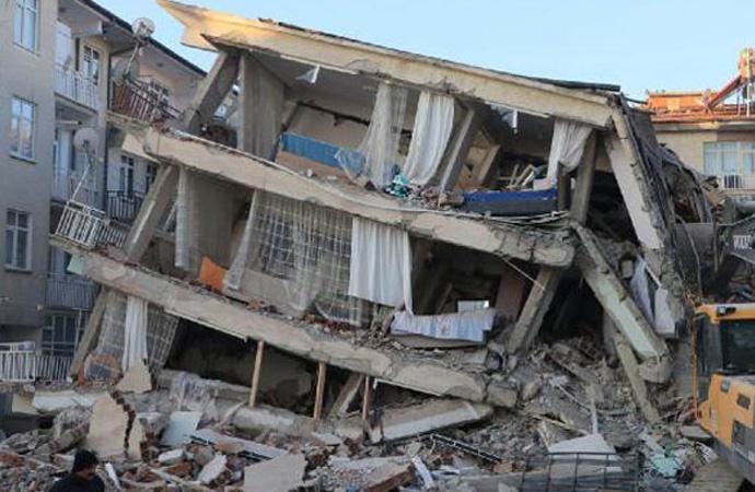 Elazığ depreminde yıkılan Dilek Apartmanı davasında sanıklar birbirini suçladı