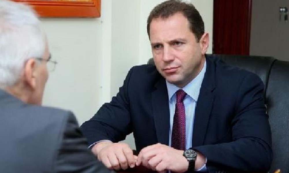 İddia: Ermenistan Savunma Bakanı istifa etti