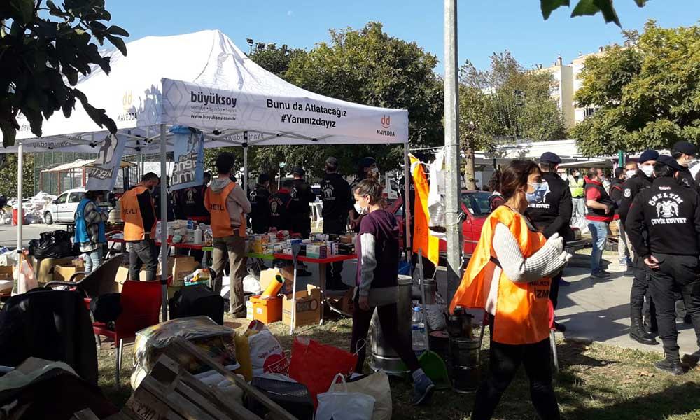 İzmir'de yardım çadırına polis operasyonu: 9 kişi gözaltına alındı