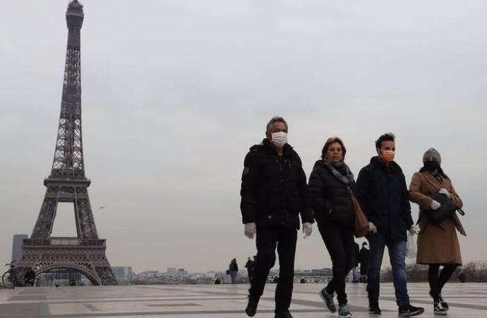 Fransa Başbakanı: Her 30 saniyede 1 kişi Covid-19 nedeniyle hastaneye yatıyor