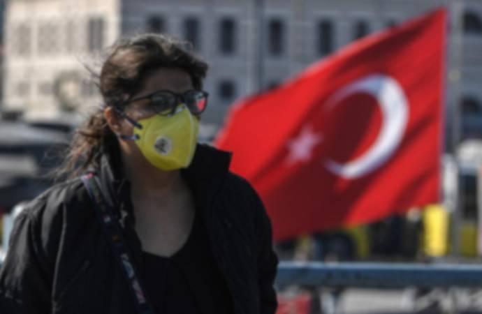 Bakan Koca'dan 'maske' uyarısı: Hastalığı çok daha ağır yaşarsınız