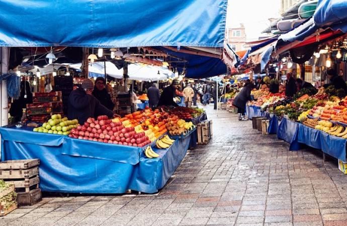İstanbul'da pazar yerlerinde sigara içmek yasaklandı