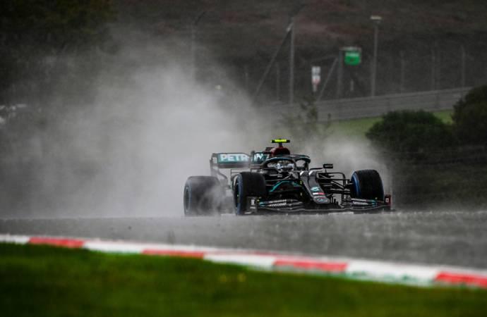 F1 pilotu Lewis Hamilton: İstanbul Park'ın yeni asfaltı para israfı
