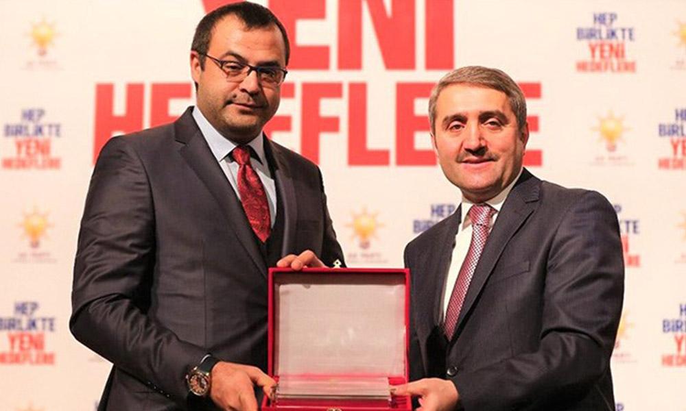 Bu kadarına da pes! AKP'li delegeye 66 ihale