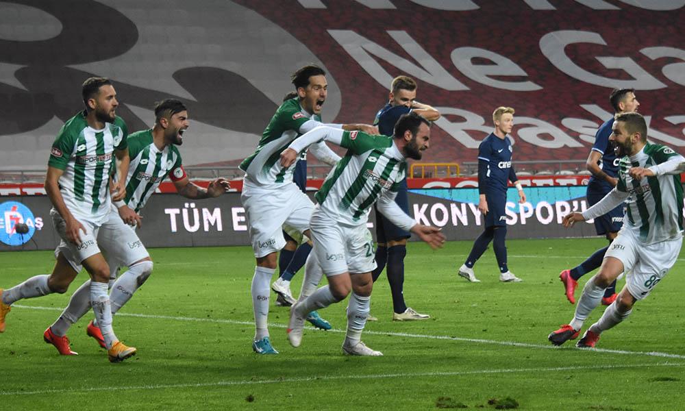 Kasımpaşa'nın serisi sona erdi! Konyaspor geriden gelip maçı kazandı