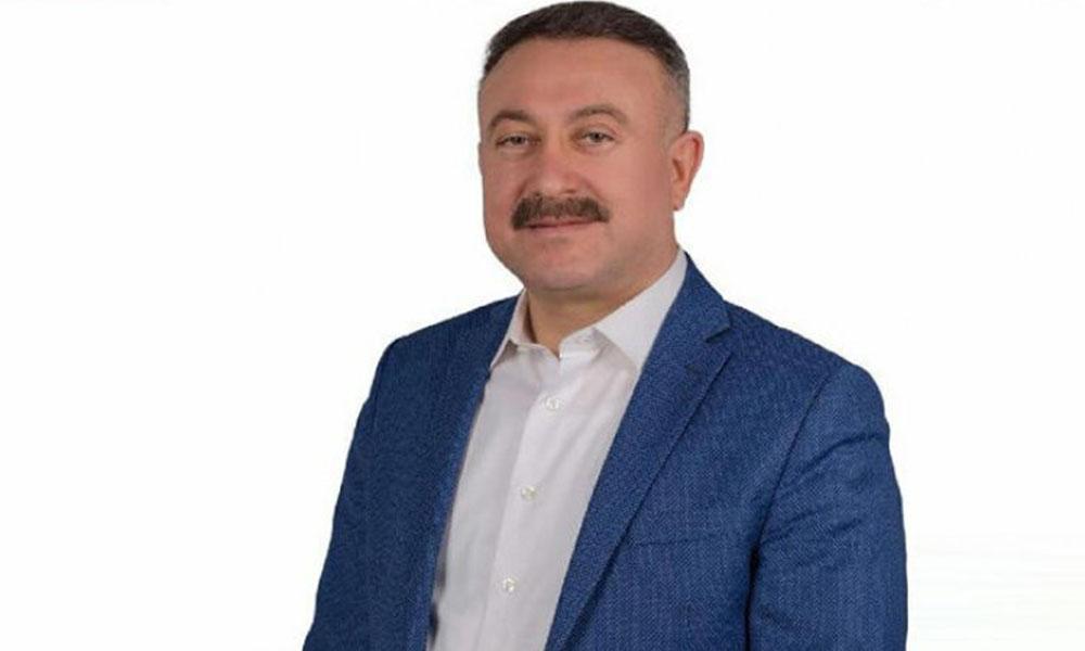Koronavirüse yakalanan AKP'li vekil hastaneye kaldırıldı