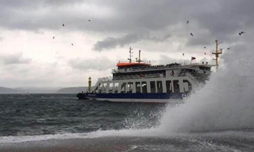 Deniz ulaşımına 'fırtına' engeli! Seferler iptal edildi