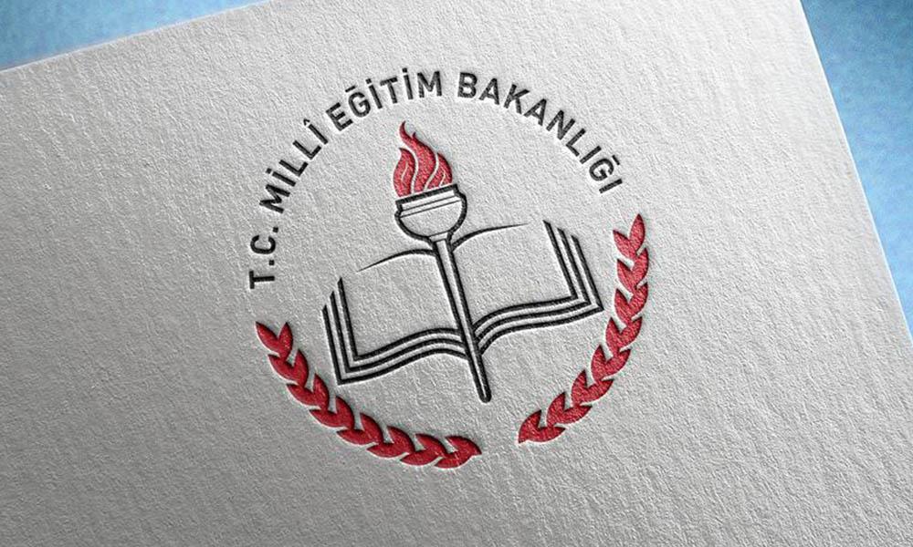 İlçe milli eğitim müdürlüğünden pes dedirten 'laiklik' paylaşımı