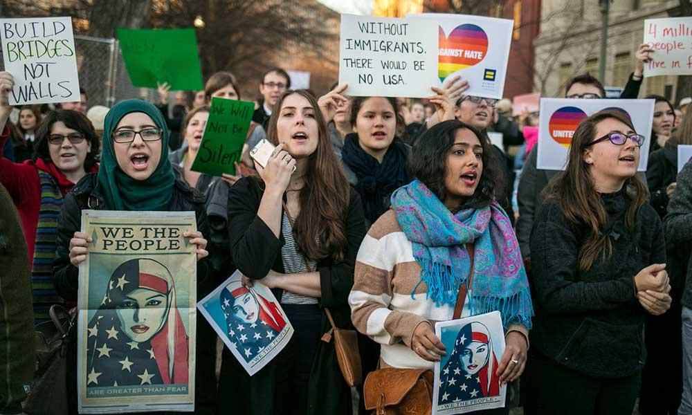 Biden, ABD'ye alınacak mülteci sayısını artıracağını duyurdu