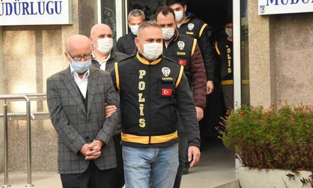 İzmir'de gözaltına alınan müteahhitler adliyeye sevk edildi