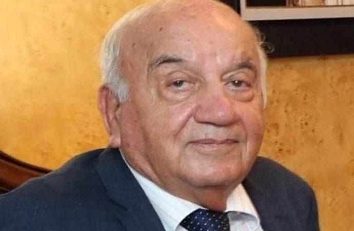 Eski İmar Bakanı Ahmet Samsunlu hayatını kaybetti