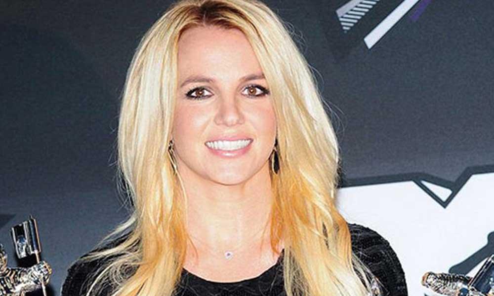 Babasından korkan Britney Spears şarkı söylemeyi bıraktı